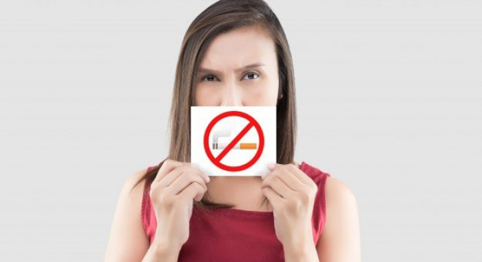 Descubra o mal que o cigarro faz para sua saúde bucal