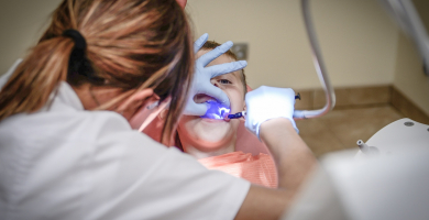 Hipnose para dentistas, conheça essa técnica incrível