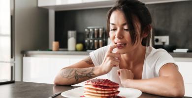 É fome ou vontade de comer? Confira dicas para cuidar da saúde do corpo e da boca durante o isolamento social