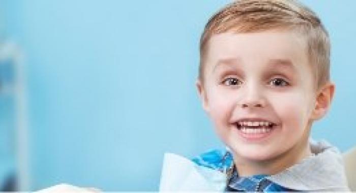 Dentista odontopediatra: descubra a importância desse profissional e quando procurá-lo